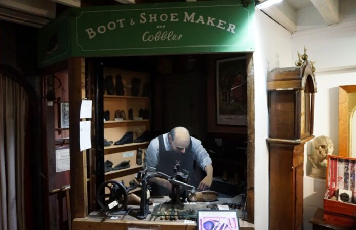 Blandford Town Museum cobbler